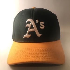 Oakland Athletics A's Fitted Hat Cap Size XL